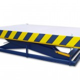 heavy load lifting table with loading flaps