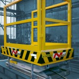 Scissor Lift Table with Safety Railing – lower position