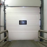 Loading - sectional door closed