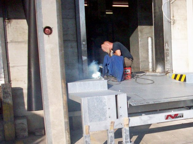 Welding at the step podium