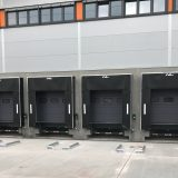 Dockleveller of 12 tons dynamic load