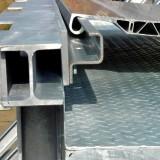 Schienenführung der Seitlich-Verschiebbare-Aluminiumbrücke (SV-A)