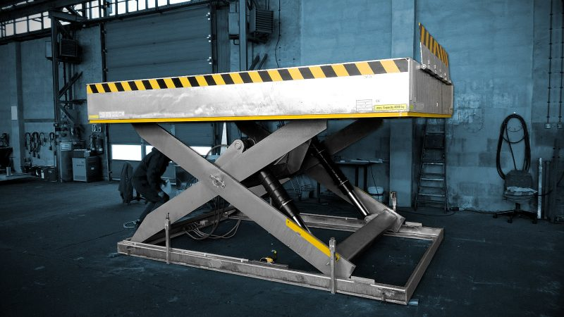 Lift Table in Polar-Cold-Areas